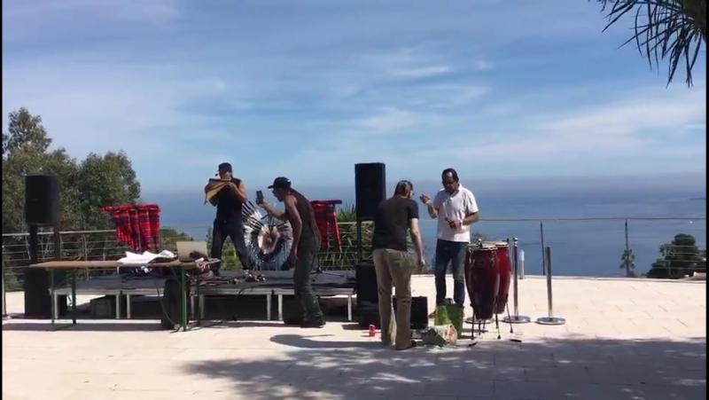 Вилла Oxygene, Канны,Франция: Александро тестирует звук.