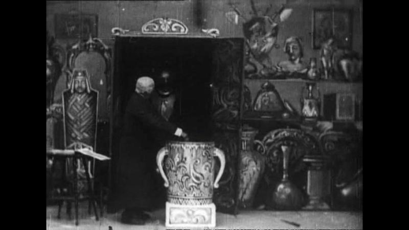 42 The haunted curiosity shop (Robert W.Paul, 1901)