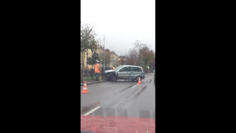 Авария на победе возле остановки Белгут