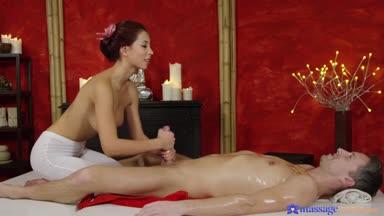 MassageRooms – Paula Shy