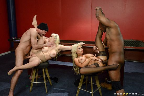 BrazzersExxtra – Bridgette B, Nina Kayy – Blowing On Some Other Guys Dice