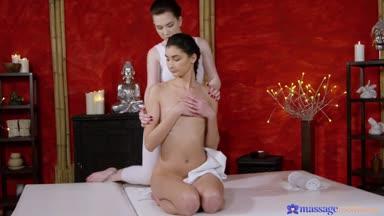 MassageRooms – Daphne Angel And Bambi Joli