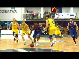 Kyle Hines Fast Break Dunk vs Khimki