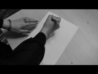 Девушка написала на листе и... ШОК!!!11 ПОЛНЫЙ ТРЕШ!11