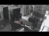 Забавные и интересные моменты с видео-камер #1. ДЕВОЧКА ЗАДИРА И БОЙ НА ТРЯПКАХ