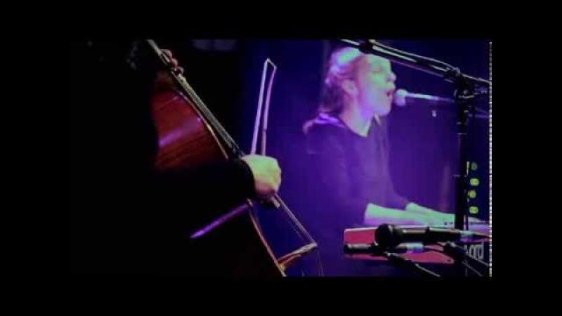 Agnes Obel Powdered Ground (Live @ Flèche dOr, Paris - 2010.10.28) | HibOO dScene
