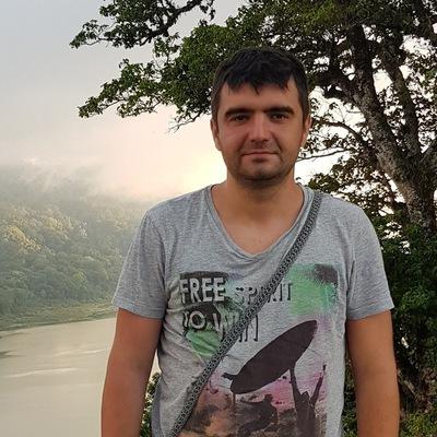 Максим Сырбу