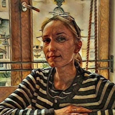 Галина Середова