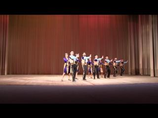 Народный ансамбль Украины Hayreniq танец Сардарапат