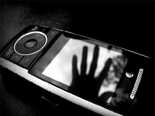 Полицейские вернули украденный телефон жителю Зеленчукской