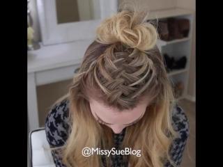 Интересная прическа с плетением