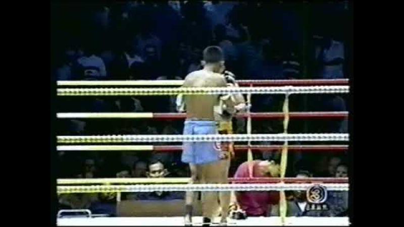 Thongchai Tor Silachai vs Namsaknoi Yudthagarngamtorn Muay Thai Lumpini