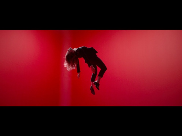 Christine and The Queens - Saint Claude (Clip Officiel)