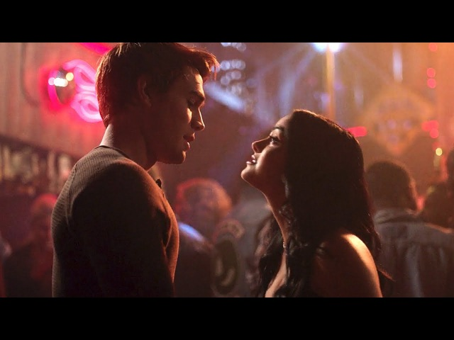 Riverdale 2x08 Archie says it's okay that Veronica doesn't love him (2017) HD