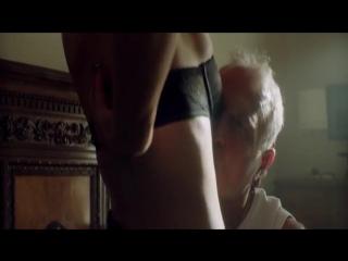Olga Kurylenko Nua em The November Man (2014)