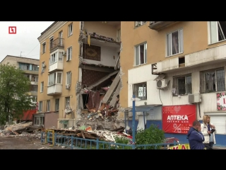 Место обрушения дома в Волгограде спустя сутки