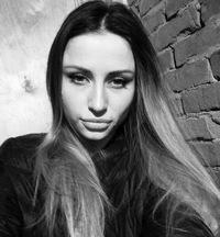 Оля Петрунина