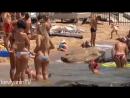 Девушки на пляже Крыма. Отдых в Коктебеле