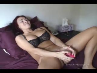 bridzhit-porno-mamka-negrityanka