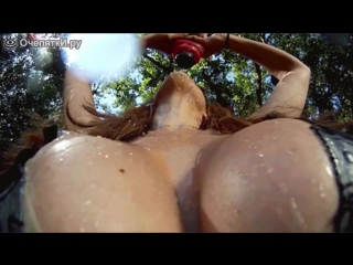 Самые большие буфера во вселенной (грудь огромная большие сиськи 20 размер груди сисяндры лапать прикол скачать бесплатно соски)