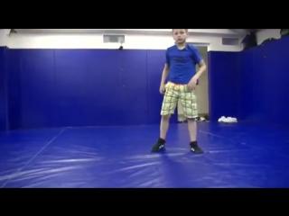 Упражнения для борцов (забегания и перевороты)