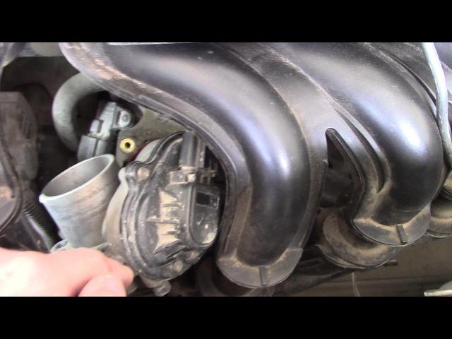 Снимаем и чистим дроссельную заслонку на Ford Fusion