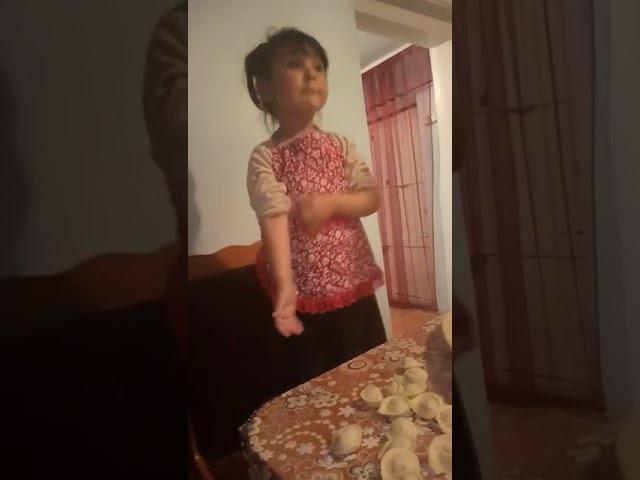 Матерится маленькая девочка смех