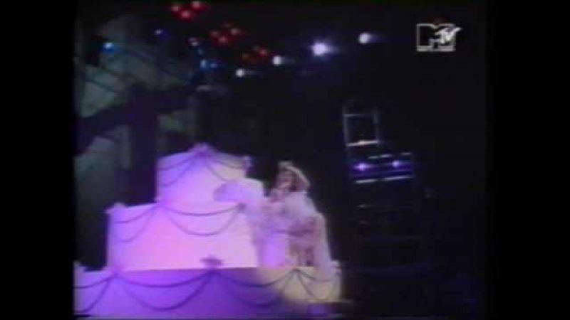 Madonna - Like A Virgin - Live at MTV Awards 1984