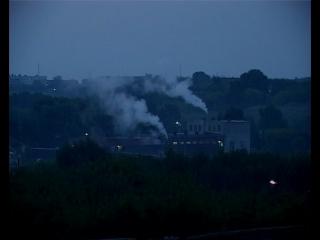 Ночная смена на химическом заводе им. Л. Я. Карпова.
