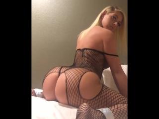 Нереально сногсшибательная жгучая львица , сочная попка , candy ass , booty , curvy hot , big sweet ass