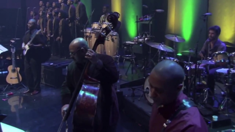 Angelique_Kidjo_covers_Bob_Marleys_Redemption_song_at_her_PBS_Special
