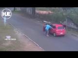 Нападение на семью в Южной Америке попало на видео