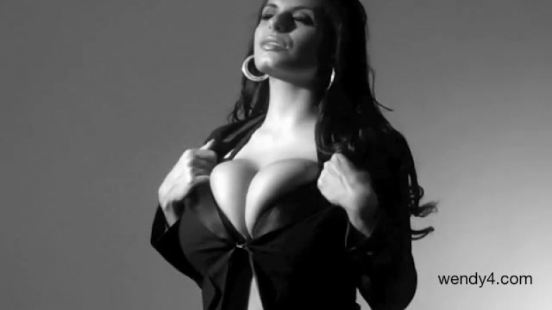 Wendy Fiore Black and White ( fetish milf wet pussy big tits suck blowjob kink porn anal мамка сосет порно анал)