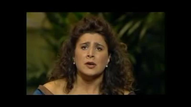 Cecilia Bartoli - Agitata da due venti ( Vivaldi)