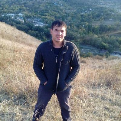 Бобурбек Султонов