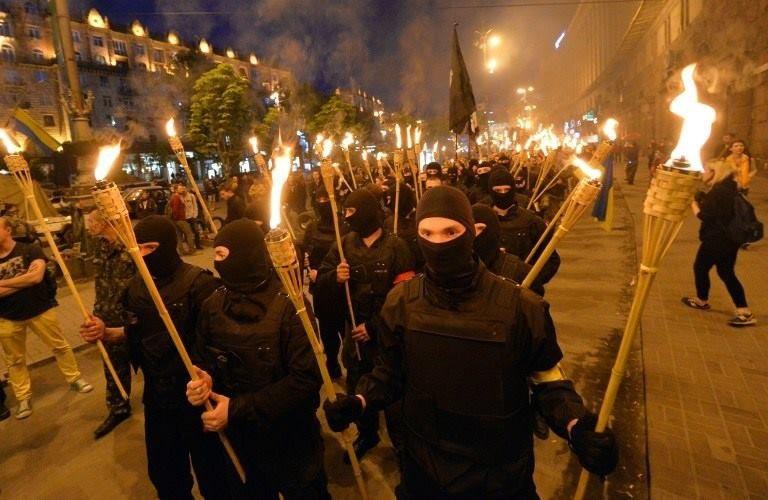 Кровавый марш: неонацисты прогулялись по Киеву