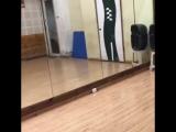 Чудеса пластики и акробатики от Эхэма Шармы