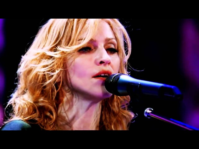 Madonna (feat. Isaac Sinvani) - Paradise (The Confessions Tour)