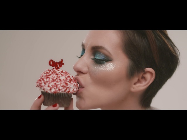 ÍV – Cukor és máz | Official Music Video