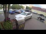 Как надо бороться с мусорящими водителями на улицах города