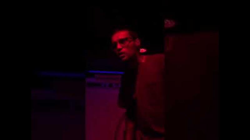 Гуф бомбит и его выступление в клубе 'Гараж'