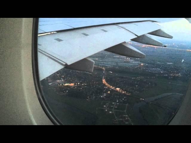 Airbus A380-800 Заход и посадка в Домодедово.