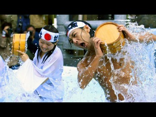 Ритуальное очищение души и тела в Токио у синтоистов, аналог Крещения в России