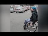 Прогулка по центру Киева в инвалидном кресле