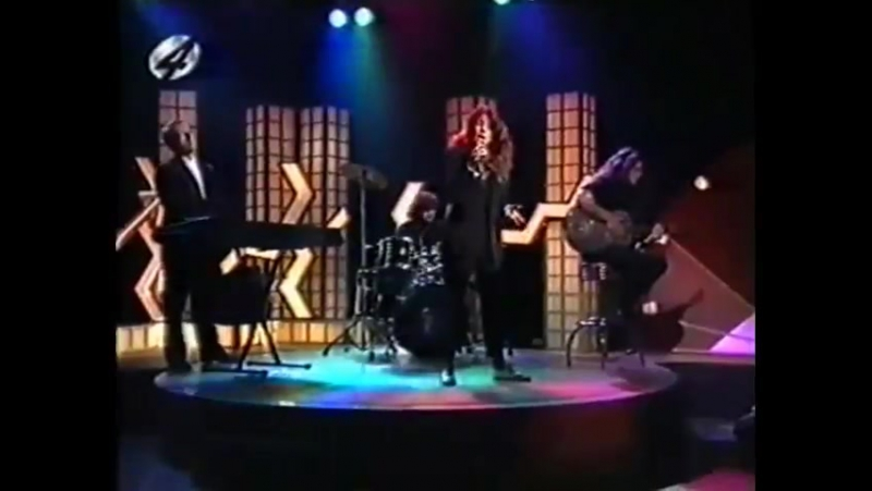 Sandra - Johnny Wanna Live (5 uur Show, RTL4, 19.11.1992) Holland