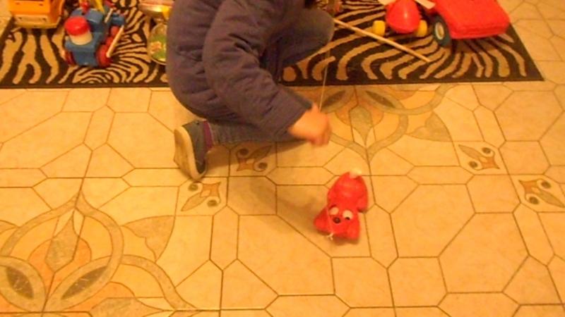 Даша в музее игрушек в Вятском