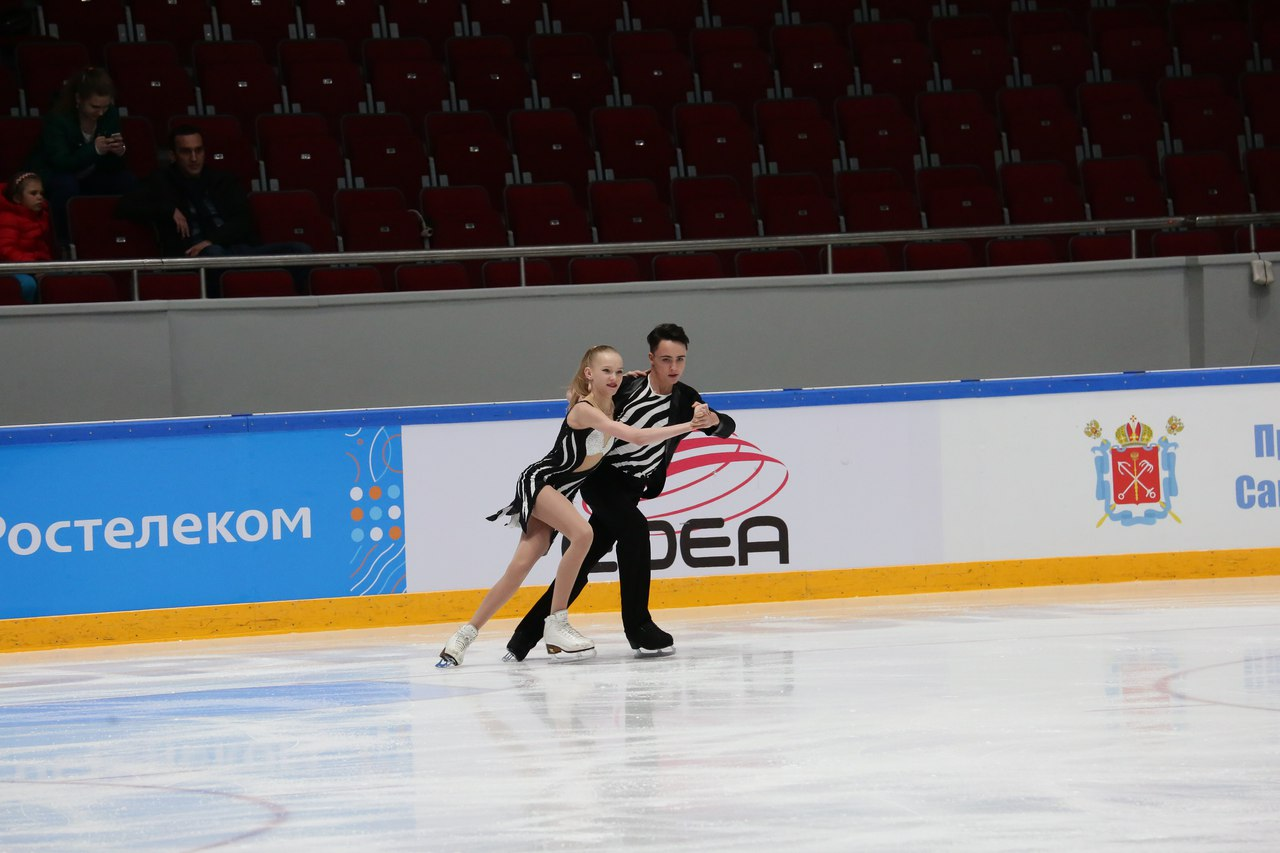 Ксения Конкина - Григорий Якушев HLn3rFKr7bA