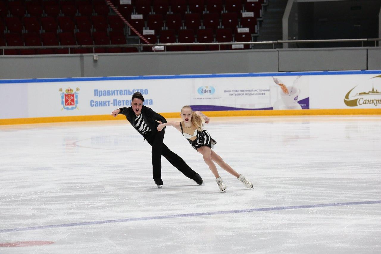 Ксения Конкина - Григорий Якушев R3k2C_nuD30