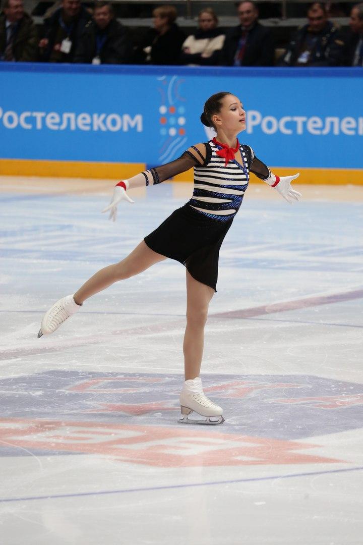 Станислава Константинова - Страница 2 HIKoqbuFtKo