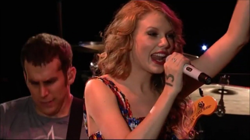Taylor Swift - Love Story (Live at BBC Radio 2's Abbey Roads 2011)